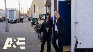 Wahlburgers: Marisa Ramirez Tries a Wahlburger (Season 5, Episode 3) | A&E Video