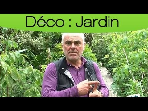 D corer son jardin cr er une all e youtube for Decorer son jardin avec des pierres