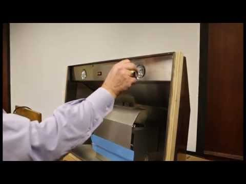 Changing A Vent Hood Light Bulb Quicktips From Showplace