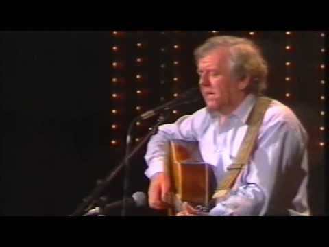 The Town I Loved So Well - Paddy Reilly