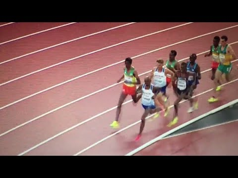 Muktar Edris beats Mo Farah 5000m Men Final IAAF World Champs London 2017