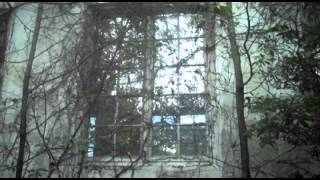 Urban Exploration Abandoned Buildings:loading Dock Of Old Hospital