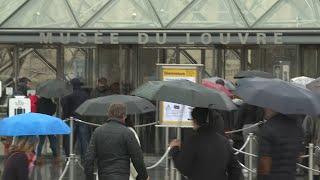 Louvre museum in Paris closes over coronavirus fears | AFP