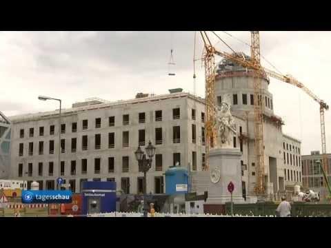 Preußisches Erbe: Berliner Stadtschloss feiert Richtfest