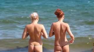 Отдых в Крыму отдыхающие на пляжах Крыма(Самые дешевые авиабилеты. http://bit.ly/1MyAytt Отдых в Крыму всегда был востребован, а в последнее время он стал..., 2015-11-23T12:14:10.000Z)