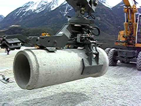 Liebherr Pipelaying attachment for Excavator
