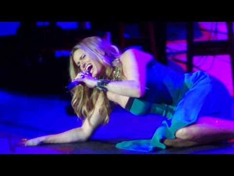 IDINA MENZEL - Creep (Live in Manila!)