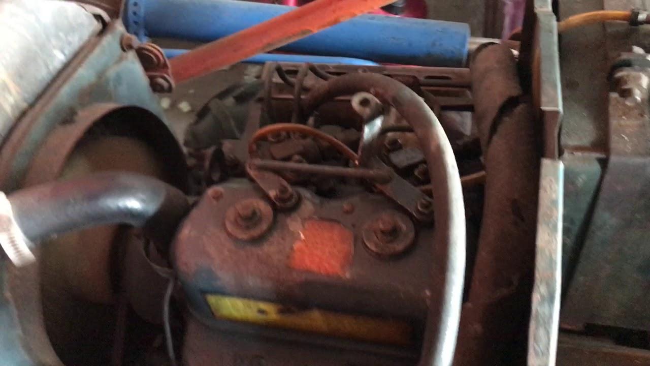Kubota B6000 diesel engine - YouTube