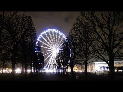 Grande roue de Paris, 2017, de nuit : time lapse, reflets etc. Place de la Concorde