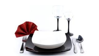 Столовый этикет(Купить Посуду для сервировки стола Вы сможете в интернет-магазине DomoMir Столовая посуда: http://domomir.com.ua/category/stolo..., 2013-09-21T10:48:57.000Z)