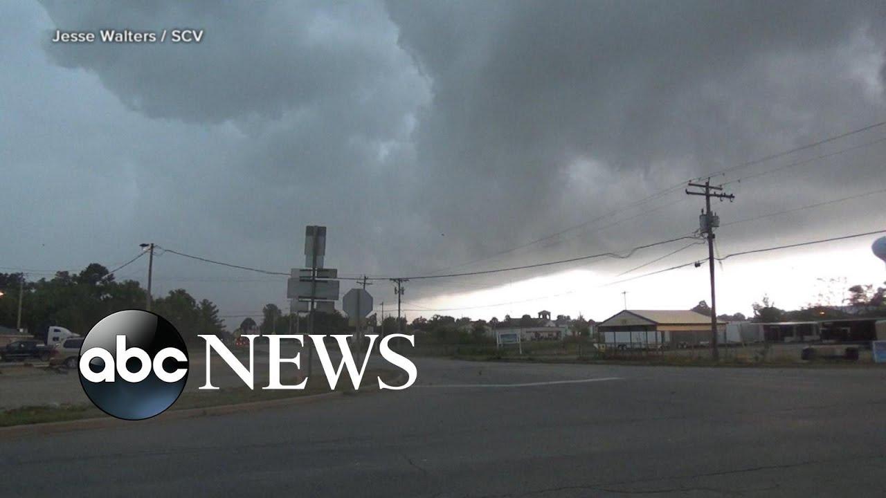 ABC News:Tornadoes slice through homes in Iowa l ABC News