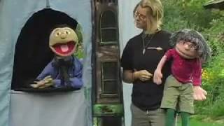 Paddling Puppeteers Educating Children