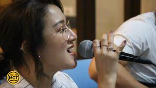 Melly Mono - Free (Acoustic) Live @ MGTRadio