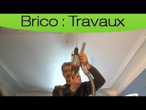 Comment remplacer un luminaire au plafond youtube - Comment installer un abat jour au plafond ...