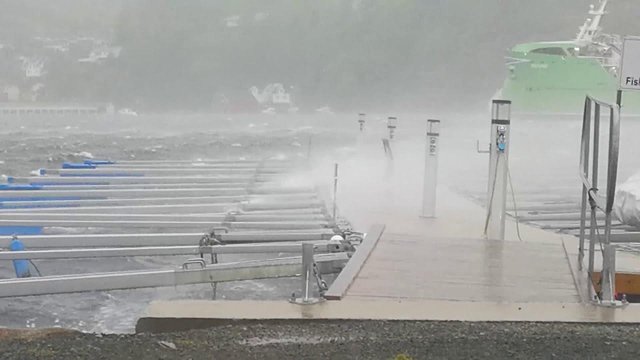 Stormen «Knud» i Flekkefjord filmet av Paco Kalicinski.