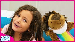 Zoey Finger Family Colors With Puppets! | Learn Colors