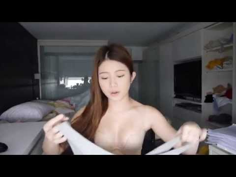 cc-girl雞排妹showing-off-her-bra-while-telling-story