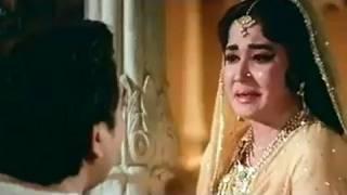 Pradeep Kumar's Love for Meena Kumari - Bahu Begum Scene