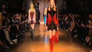 Versace Women's FW14/15 Fashion Show Thumbnail
