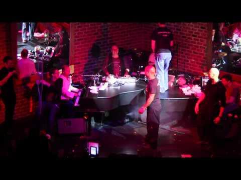 Billie Jean and Vanilla Ice at Bobby McKey's Dueling Piano Bar