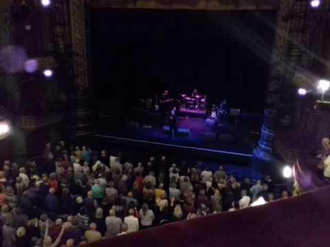 Gary Puckett - Young girl Leeds Grande Theatre 30.10.2016
