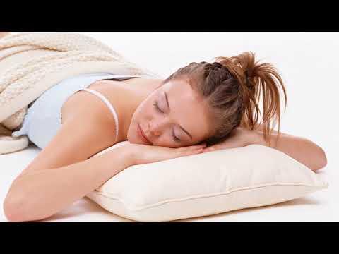 видео: Почему нельзя спать на животе?