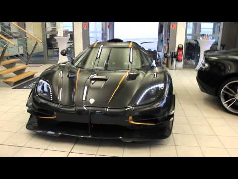 Koenigsegg One:1 - LOUD start up, engine running, driving