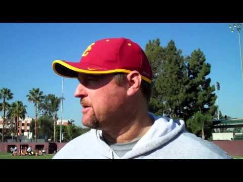 USC OL coach Tim Drevno on Aundrey Walker and Max Tuerk