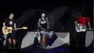 Blink 182 - Reckless Abandon (ACOUSTIC) - HD - Brixton Academy