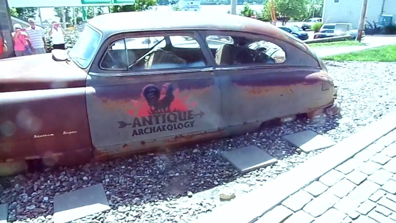 American Pickers Old Junker Car In The Drive Way 7-25-16 - YouTube