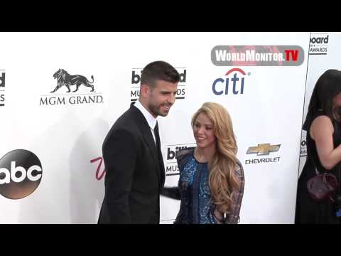 Shakira and boyfriend Gerard Piqué Billboard Music Awards 2014 Redcarpet