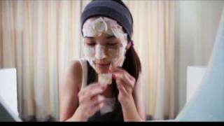 Pises Powder & Egg Yolk Face Mask Thumbnail