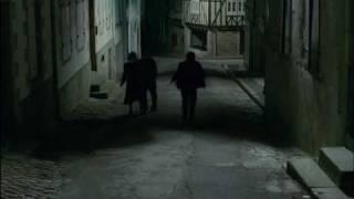 Scenes D' Art -1982- (Les Fantômes Du Chapelier) (Real. Claude Chabrol).avi
