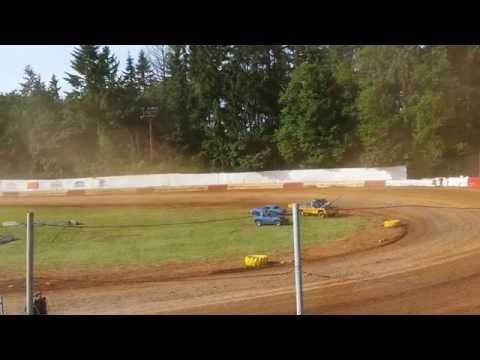 St. Helens River City Speedway 5-30-15 Sportsman - Heat Race 1