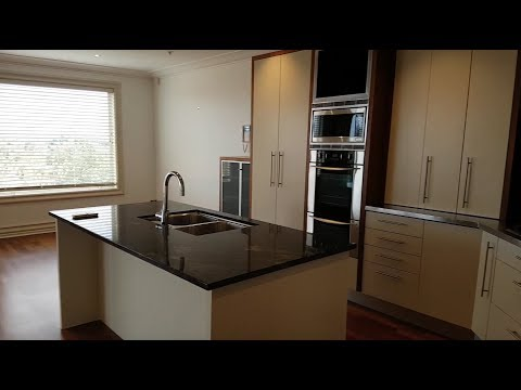 Apartment for Rent in Auckland 3BR/2BA by Auckland Property Managers