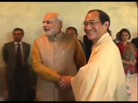 PM Modi with Mayor of Kyoto, Daisaku Kadokawa for a presentation meet