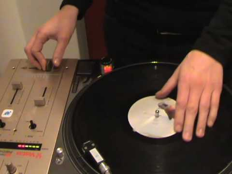 Signs   Justin Timberlake & Snoop Dogg scratch  DJ Shorte