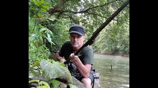 I FOUND A CIVIL WAR MUSKET WITH BAYONET IN THE RIVER! | Aquachigger