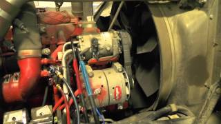 MACK Garbage Truck Natural Gas Engine Starting