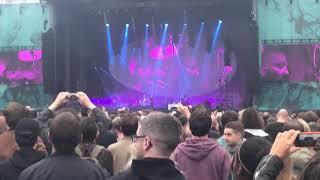Radiohead no surprises live 2017 Old Trafford cricket ground