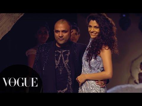 Saiyami Walks for Gaurav Gupta, Roses & Crystal Mesh | India Couture Week 2016 - Day 4 | VOGUE India