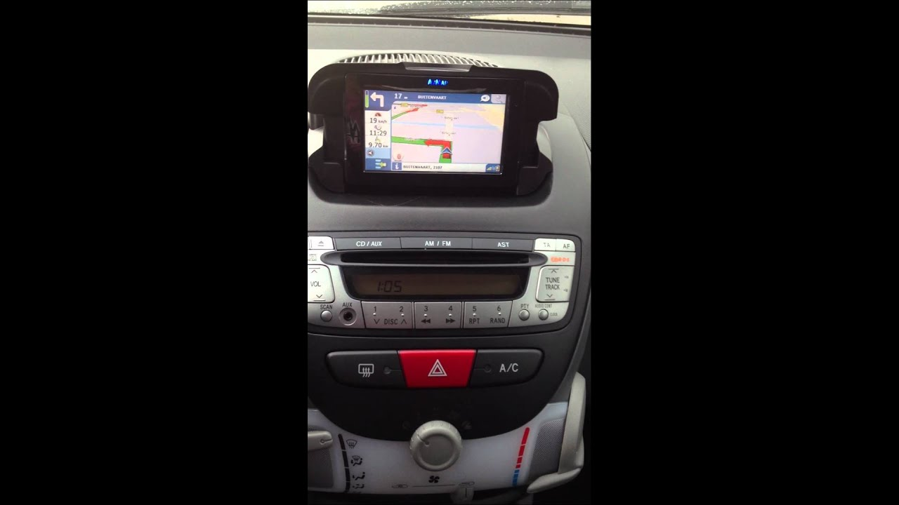 All Toyota Vehicles >> Geintegreerde navigatie voor Aygo,107 & C1 - YouTube