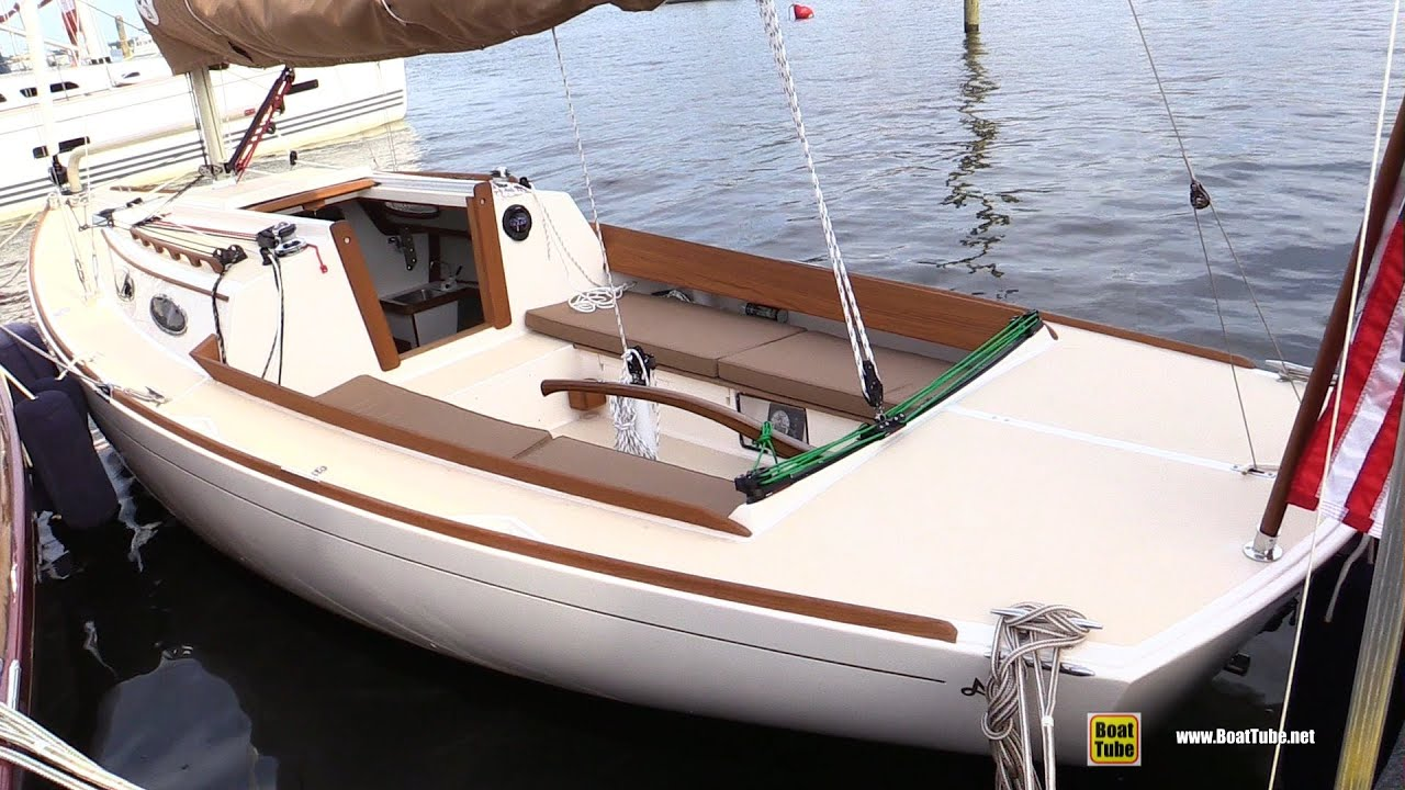 2015 Alerion Express 28 Sailing Yacht