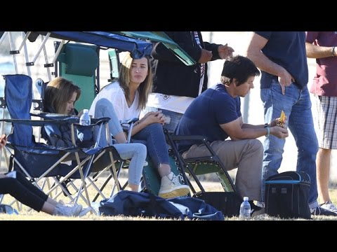 X17 EXCLUSIVE: Mark Wahlberg Chows Down At Kids' Football Game