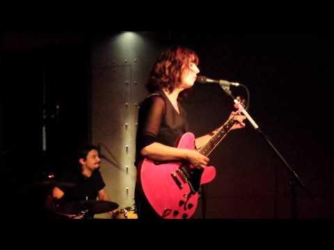 Perpendicolare   Cristina Donà   Live Milano   La Salumeria Della Musica   27 11 2014