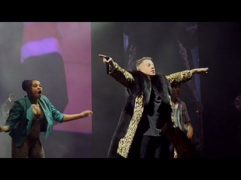 Macklemore & Ryan Lewis - Thrift Shop (Live) @ Paris (25.03.2016) HD