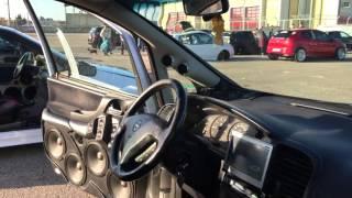 Opel Zafira 10000 watt sound system! 4 12s Phonocar spl subwoofers