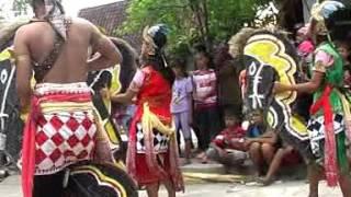 "Download Video Singo Barong LIAR "" jaran putri "" Live Pucangrejo-Pegandon MP3 3GP MP4"