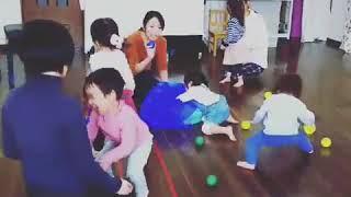1〜2歳リトミッククラスのレッスン風景です http://smilepiano.com/