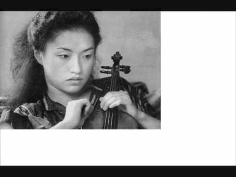 Kyung Wha Chung Live Sibelius violin concerto 1973 mvt 3.